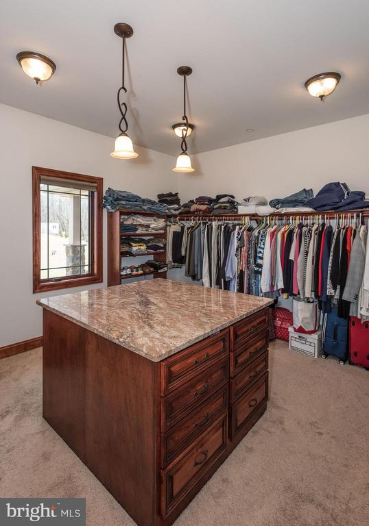 Walk in closet - 7235 WOODVILLE RD, MOUNT AIRY