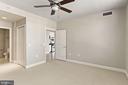 Primary bedroom with ensuite bath - 3600 S GLEBE RD #310W, ARLINGTON