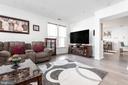 Bright, open floor plan - 20261 MACGLASHAN TER, ASHBURN