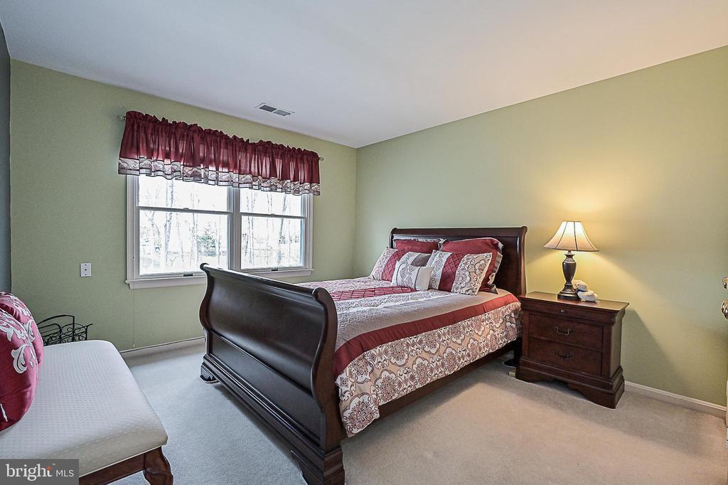 3rd bedroom - 9326 MAINSAIL DR, BURKE