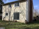 - 107 KALE AVE, STERLING