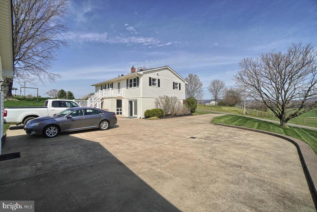 Parking off of the Driveway - 7504 PICNIC WOODS RD, MIDDLETOWN