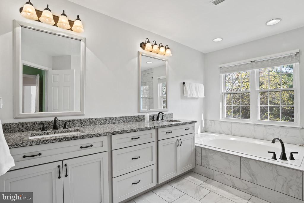 Beautifully Updated Primary Bathroom - 311 ASHTON DR SW, LEESBURG