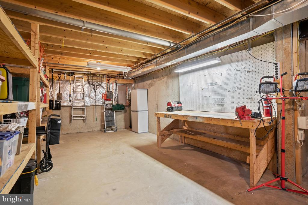 Full Basement - 311 ASHTON DR SW, LEESBURG