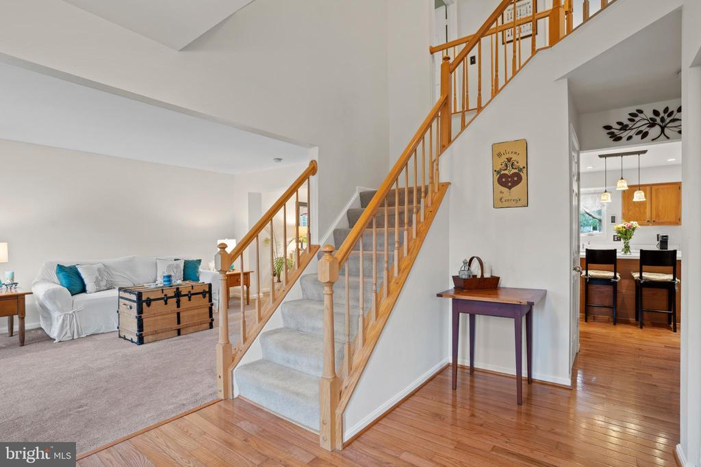 Light and Bright Floorplan - 311 ASHTON DR SW, LEESBURG
