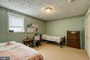 large basement bedroom - 3 LEGAL CT, STAFFORD