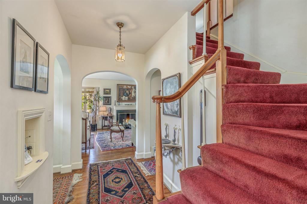 Staircase to Second Floor - 3835 MACOMB ST NW, WASHINGTON