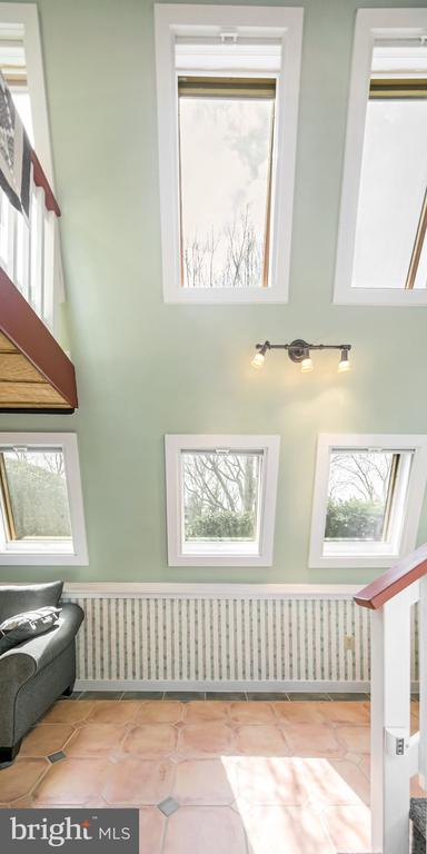 Tons of natural light through skylights - 15 SUNNY WAY, THURMONT