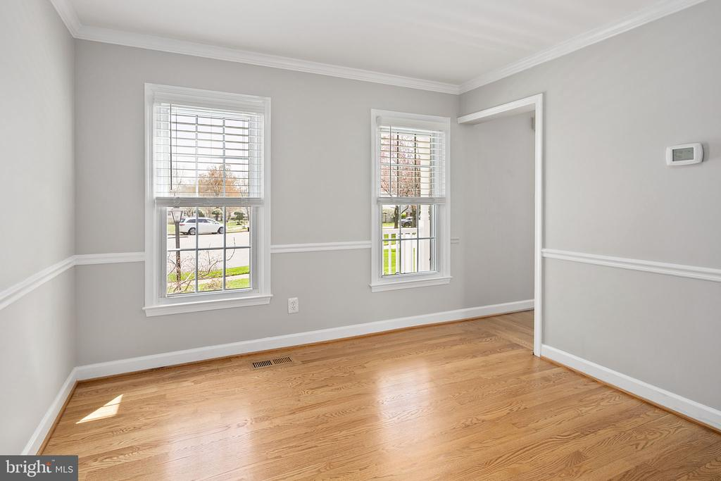 Space for a home office - 9611 GLENARM CT, BURKE