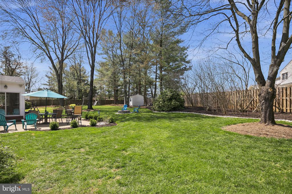 A place to run and play - 9611 GLENARM CT, BURKE