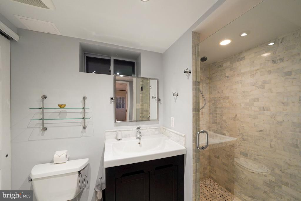 Well Appointed Basement Bath - 1500 N KENILWORTH ST, ARLINGTON