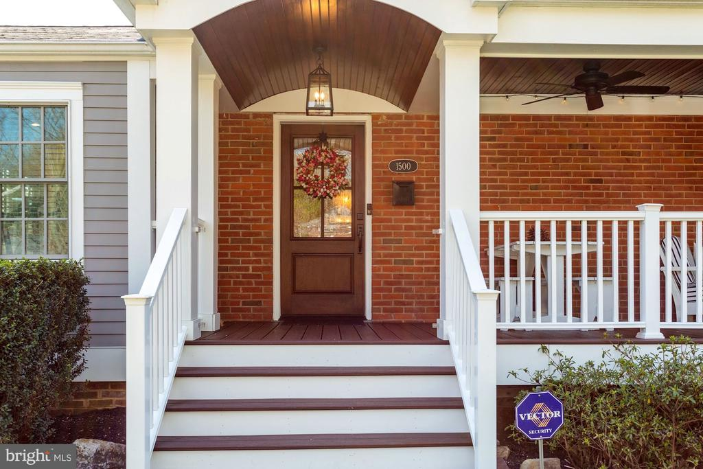 Front Porch Entry - 1500 N KENILWORTH ST, ARLINGTON