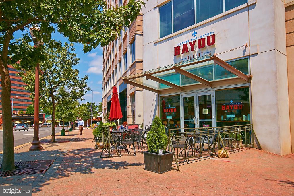 Bayou Bakery - 2400 CLARENDON BLVD #214, ARLINGTON