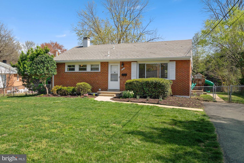 6403 WILCOX COURT, ALEXANDRIA, Virginia 22310, 3 Bedrooms Bedrooms, ,2 BathroomsBathrooms,Residential,For Sale,WILCOX,VAFX1191360