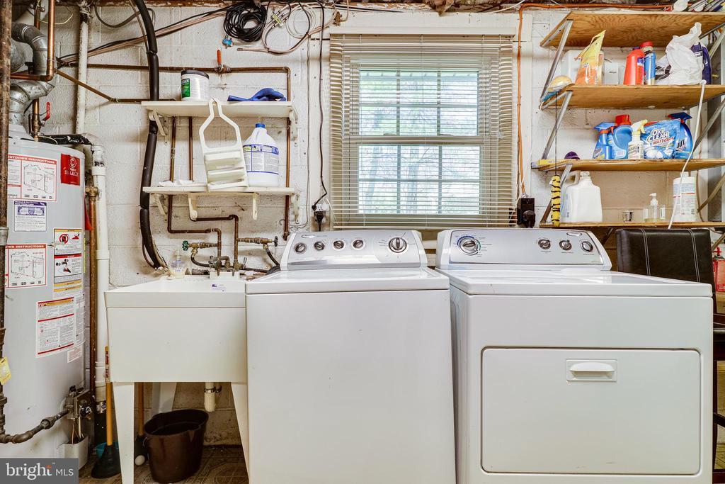 Laundry & Utility Room - 9600 GLENARM CT, BURKE