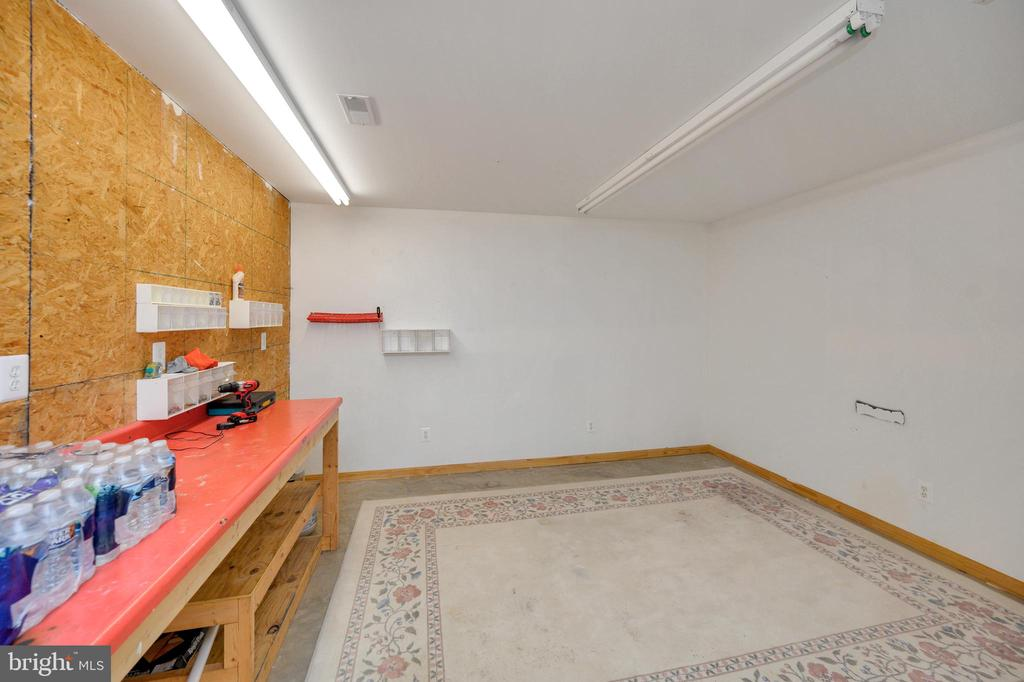Hobby room - 105 JEFFERSON AVE, LOCUST GROVE