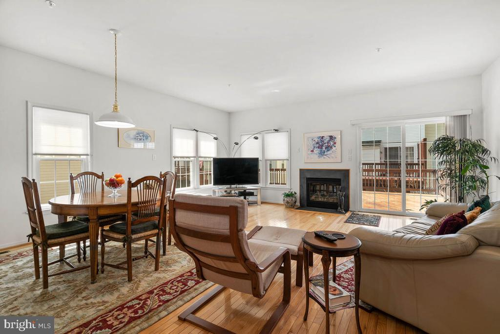 Main Level Living Room with Gas Fireplace - 18022 ROCKINGHAM PL, GERMANTOWN