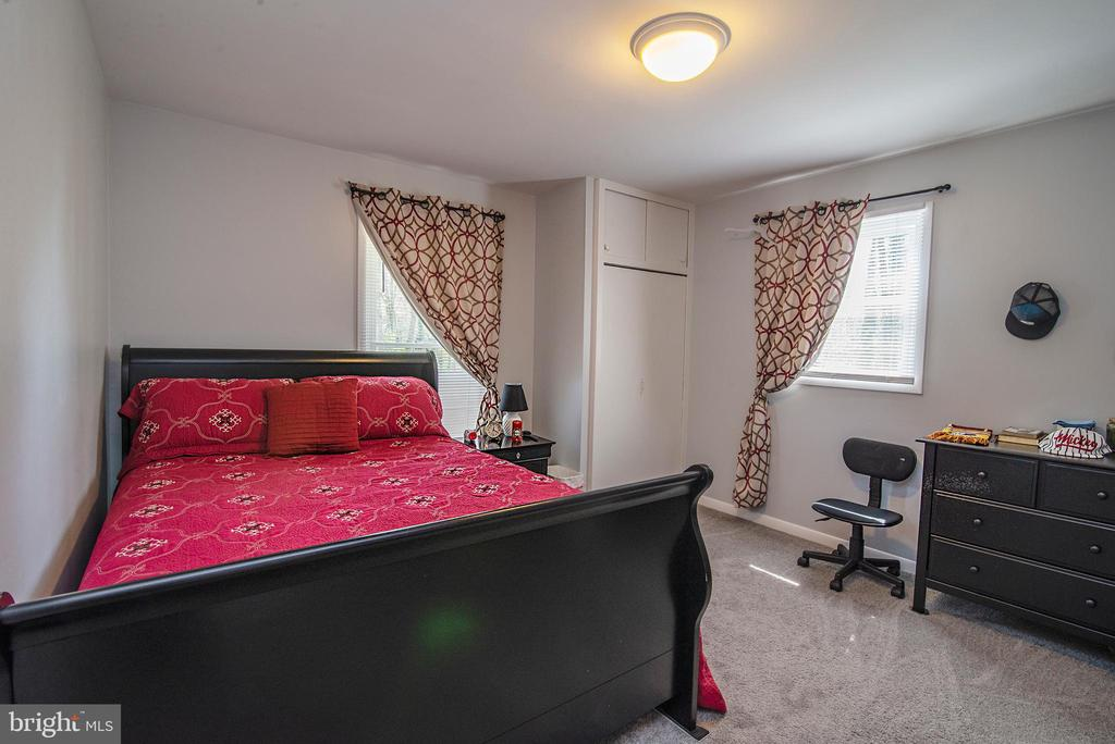 Secondary bedroom - 463 HARTWOOD RD, FREDERICKSBURG