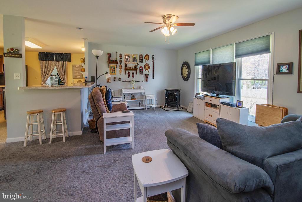 Family room 23 x 13 - 463 HARTWOOD RD, FREDERICKSBURG