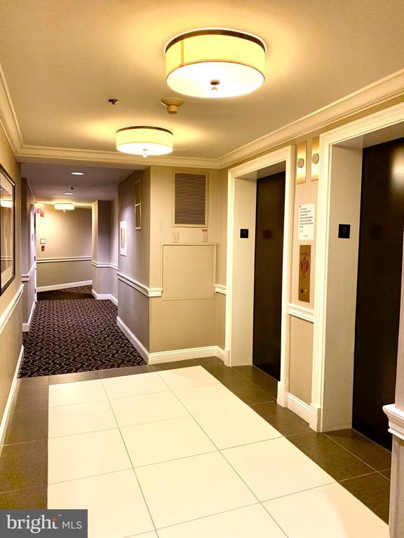 Elevators - 1641 INTERNATIONAL DR #104, MCLEAN