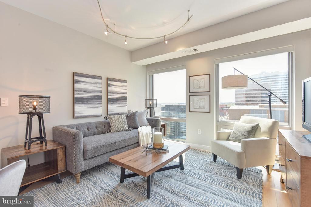 Living Room with open sky & horizon river views - 1111 19TH ST N #2006, ARLINGTON