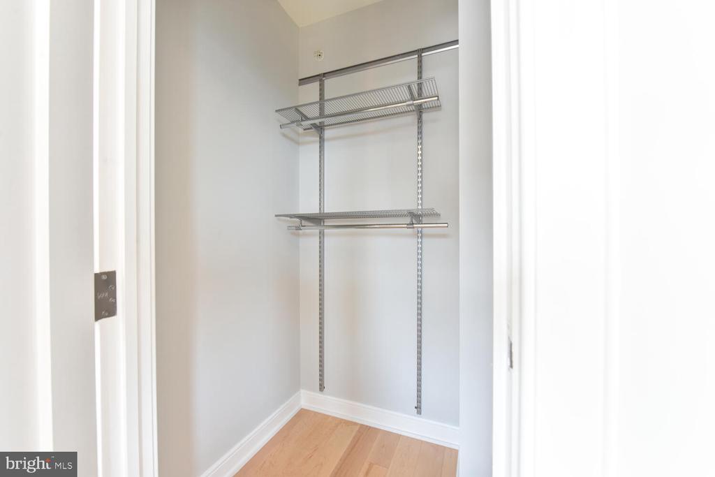 Exceptional Bedroom Closet - 1111 19TH ST N #2006, ARLINGTON