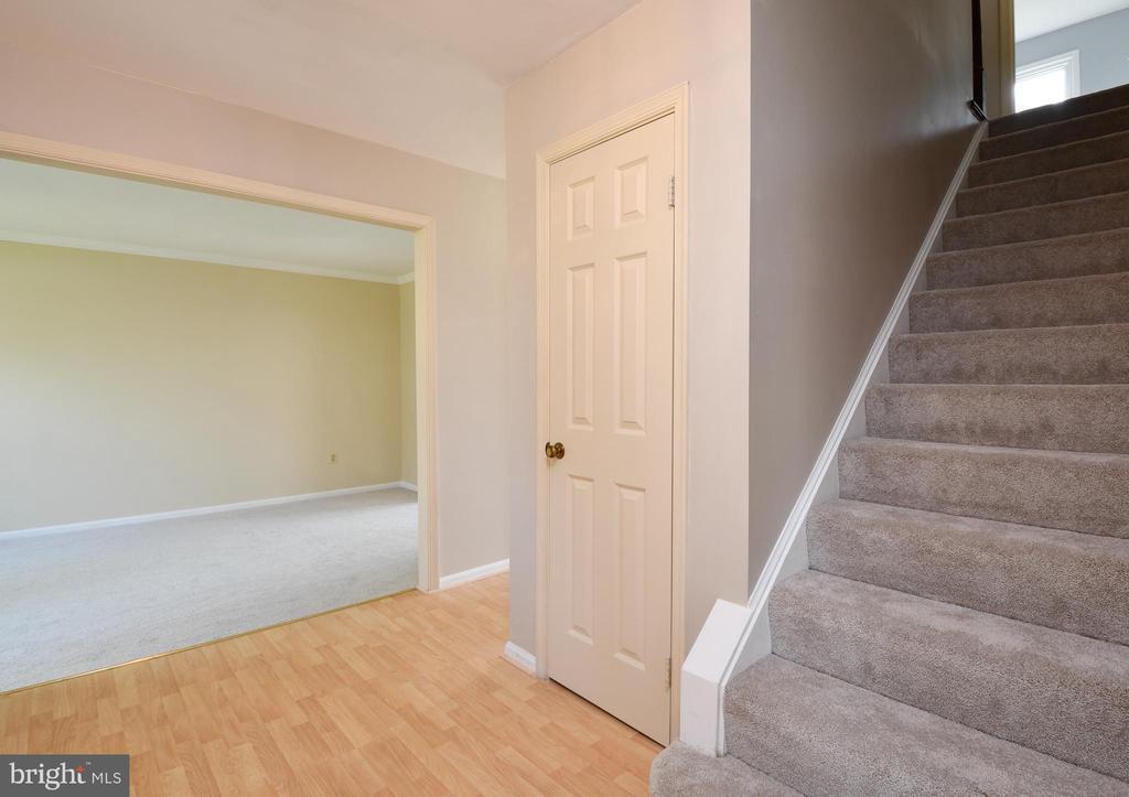 Foyer - 5316 DUNLEIGH DR, BURKE