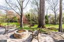 Built-in fire pit - 847 WHANN AVE, MCLEAN