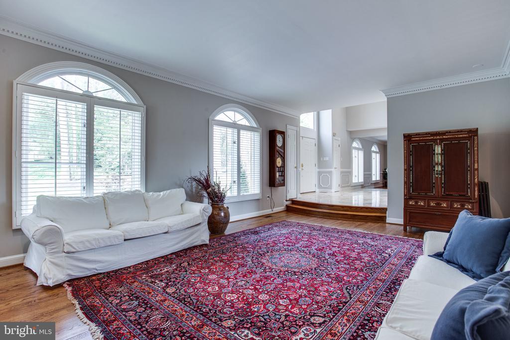 Formal living room - 847 WHANN AVE, MCLEAN