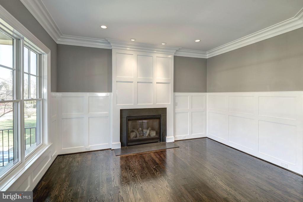 Living Room - 7205 ELIZABETH DR, MCLEAN