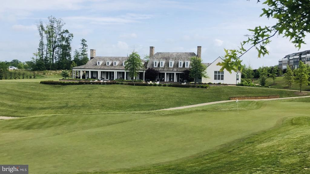 The Golf Club is open to the public - 1857 SHADDING BAY LN, DUMFRIES