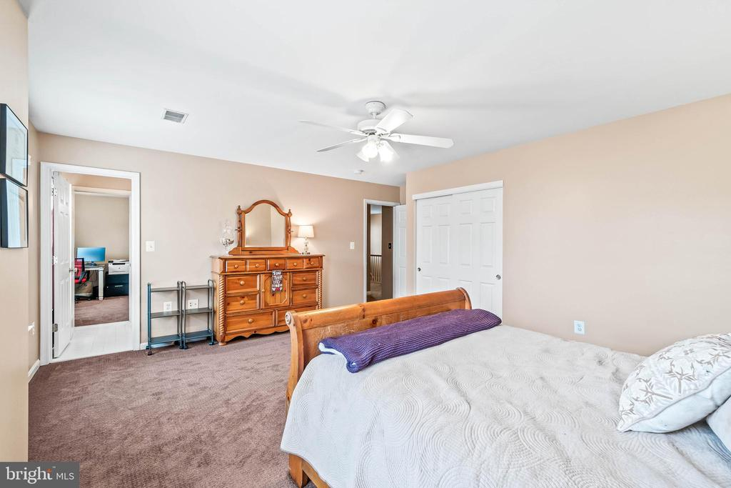 Bedroom 4 - 4170 MCCLOSKEY CT, CHANTILLY