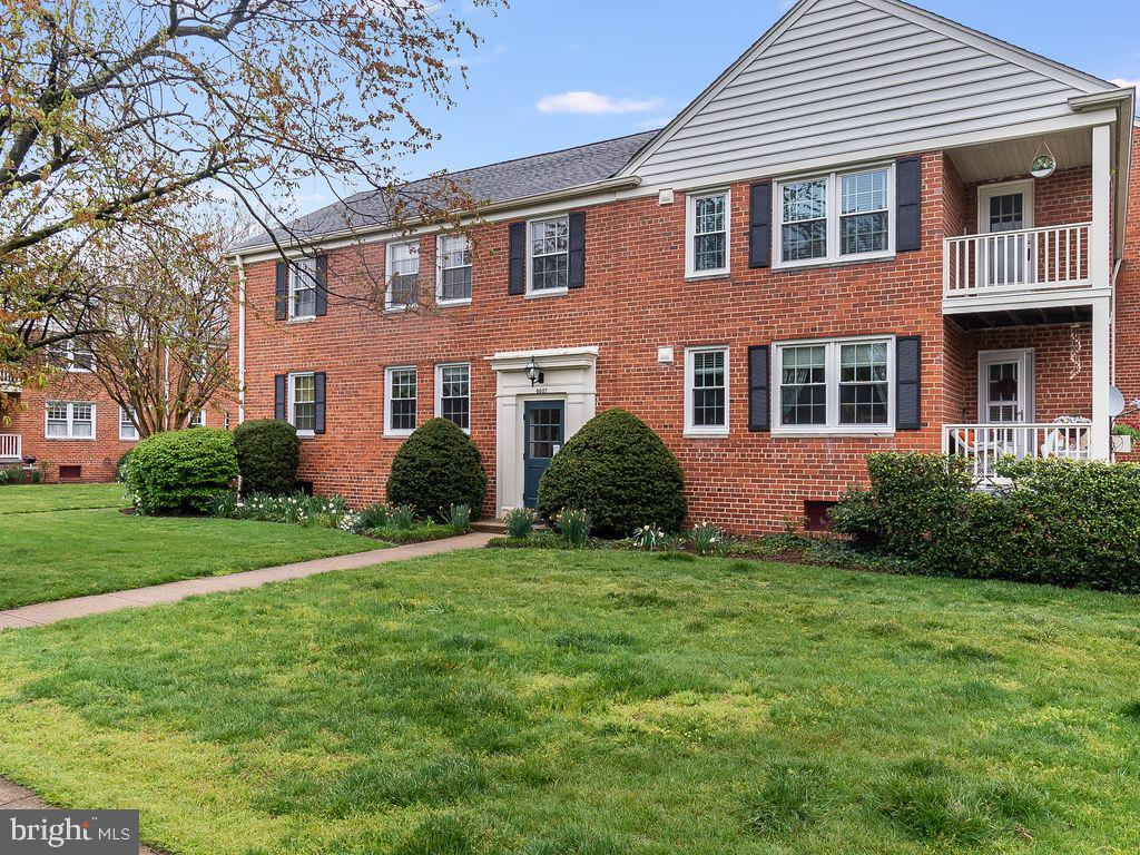 6607 10TH STREET, ALEXANDRIA, Virginia 22307, 2 Bedrooms Bedrooms, ,1 BathroomBathrooms,Residential,For Sale,Belle View Condo Association,10TH,2,VAFX1192818