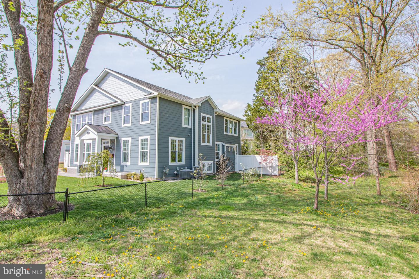3731 DUKE STREET, ALEXANDRIA, Virginia 22304, 6 Bedrooms Bedrooms, ,4 BathroomsBathrooms,Residential,For Sale,DUKE,VAAX258350