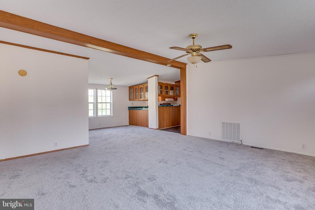 The living room is open to your spacious - 53 CAMP HILL LN, HARPERS FERRY