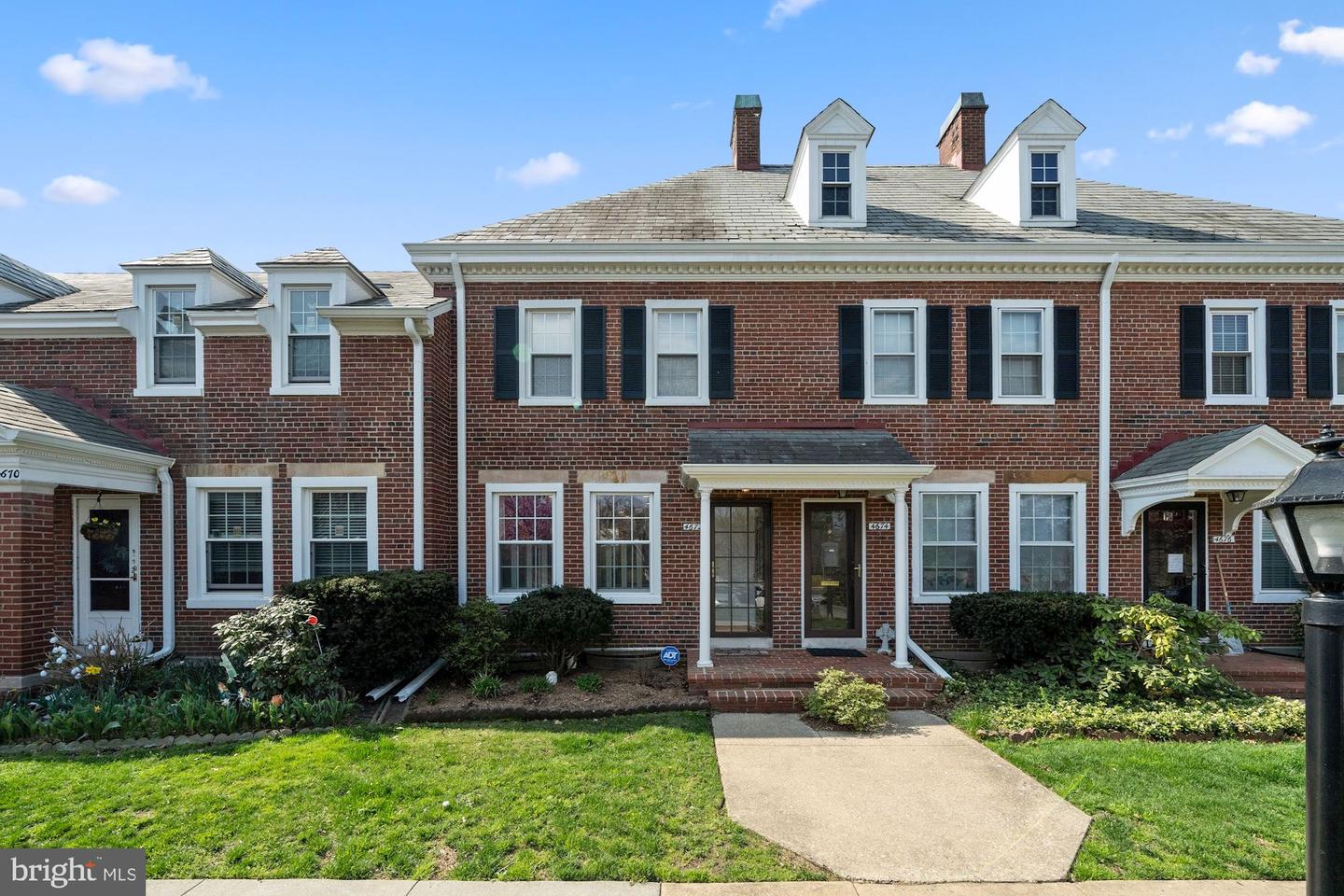4672 34TH STREET, ARLINGTON, Virginia 22206, 2 Bedrooms Bedrooms, ,2 BathroomsBathrooms,Residential,For Sale,Fairlington Mews,34TH,VAAR179496