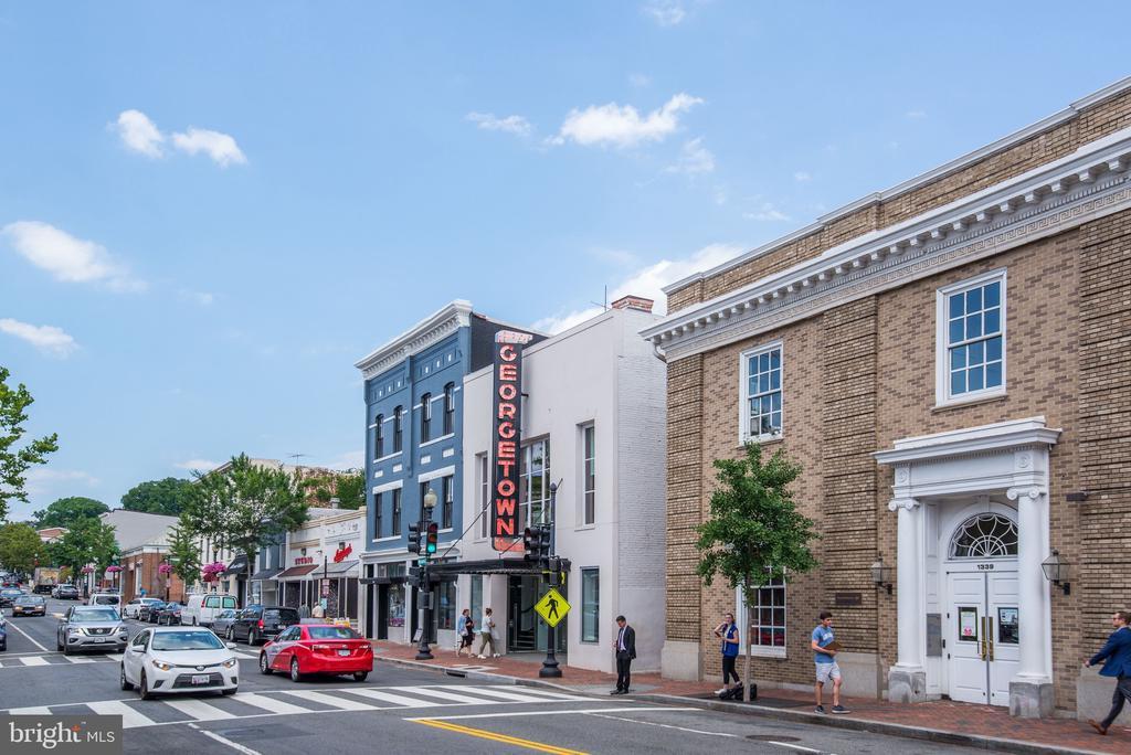 Georgetown Shopping - 3304 R ST NW, WASHINGTON