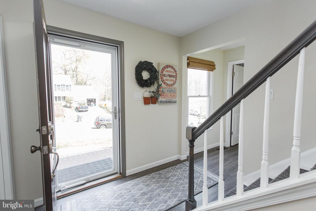 Full glass storm door to let the sunshine in - 2 SNOW MEADOW LN, STAFFORD