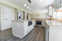 Easy to reach built in microwave - 2 SNOW MEADOW LN, STAFFORD