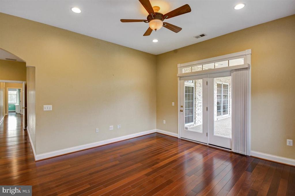 Owners Suite Sitting Room - 14515 SHIRLEY BOHN RD, MOUNT AIRY