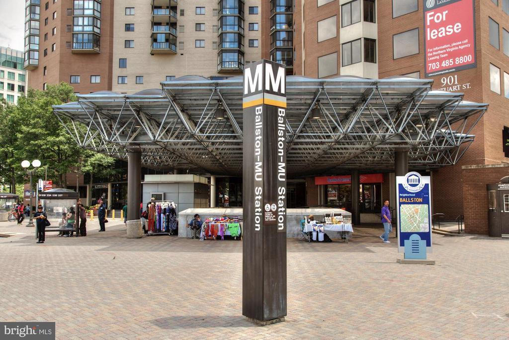 Ballston Metro Stop a block away - 888 N QUINCY ST #802, ARLINGTON