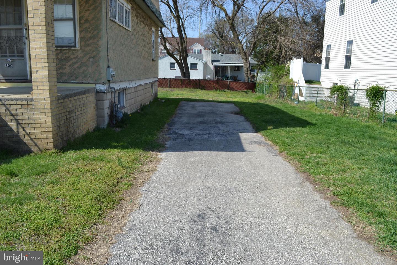 300 Delaware Street , ESSINGTON, Pennsylvania image 3