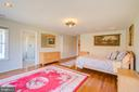Walk-in Closets in All Bedrooms - 220 VIERLING DR, SILVER SPRING