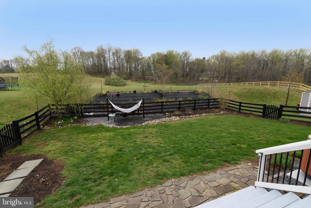Fenced Yard - 36494 WINDING OAK PL, PURCELLVILLE