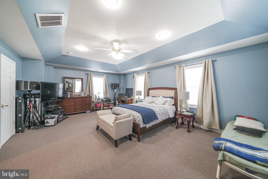 MASTER BEDROOM - 11505 VEIRS MILL RD, SILVER SPRING
