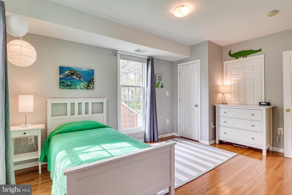 Bedroom 2 - 7945 BOLLING DR, ALEXANDRIA