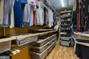 Custom built-in closet - 54 CHRISTOPHER WAY, STAFFORD