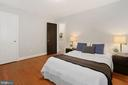 Primary Bedroom with generous closet - 1033 N MONROE ST, ARLINGTON
