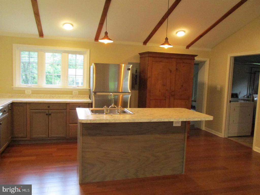 Great Room holds Contemporary Kitchen - 29 S GREENWAY AVE, BOYCE