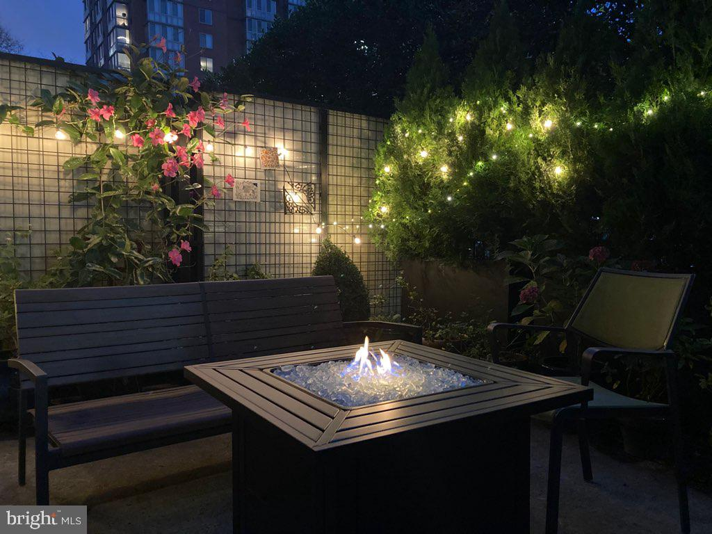 Luxurious Patio at  NIght - 1615 N QUEEN ST #M204, ARLINGTON